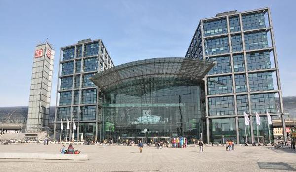 Meininger Hotel Berlin Hauptbahnhof Parken